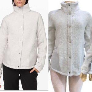 Lululemon go cozy jacket sz 10 grey